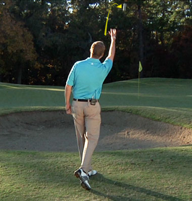 how to hit a pitch shot in golf